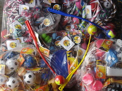 Wholesalers Joblot 50 dog & puppy toys Squeaky, Rope, Rubber, Xmas gift