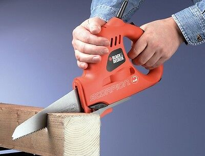 BLACK DECKER Best Scorpion handsaw for cutting wood, metal and plastic