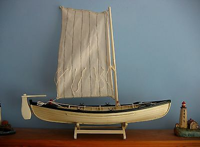 Wooden Ship Model NANTUCKET WHALE BOAT with all the fixings! New in Box