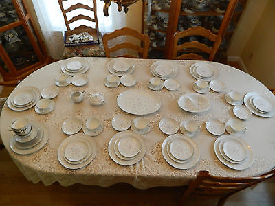 """Chatelaine China Japan """"James"""" Service for 10 with (4) Serving Pieces"""