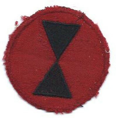 WWII  7th Division Red Border Patch