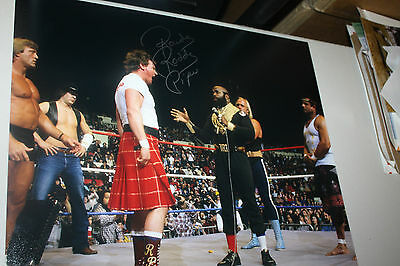 Rowdy Roddy Piper Signed Wwe/wwf 16X20 Photo Hall Of Fame Pose W/mr. T