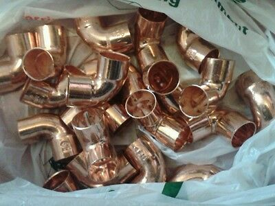 25 copper fittings 22mm Endfeed 90 degree elbow cxc