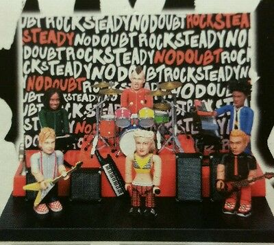 Smiti No Doubt Figure Rock Band Playset W/ Stage Drums & Speakers Gwen Stefani