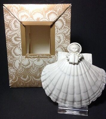 Margaret Furlong 1991 Shell Angel with Gift Christmas Ornament in Box
