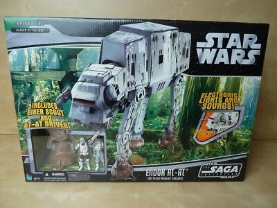88.112 Star Wars SAGA COLLECTION ENDOR AT-AT 2006 MISB