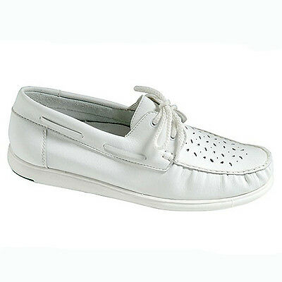 "GREENZ ""CAMILLE"" LADIES BOWLS SHOE - WHITE, various sizes.  FREE POSTAGE."
