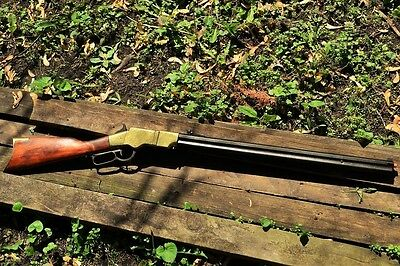 1860 Henry Lever Action Repeating Rifle - Civil War - Non-Firing Denix Replica