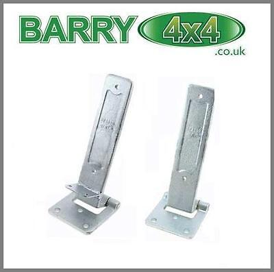 DISCOVERY 1 & 2 PAIR REAR END DOOR HINGES TAILGATE Barry4x4 BHB700051+BHB700032
