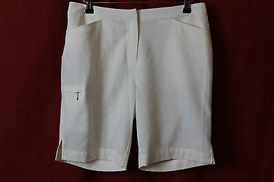 CALLAWAY 65234 Ladies Golf City Shorts in White Size 6