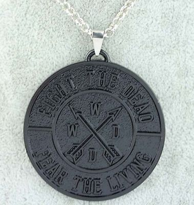 Pendentif The Walking dead Fight the dead Fear the living TWD pendant
