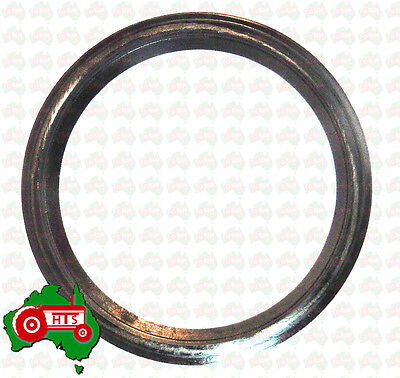 CHEAP POST!! Tractor Rear Main Oil Seal Case International 1455 etc