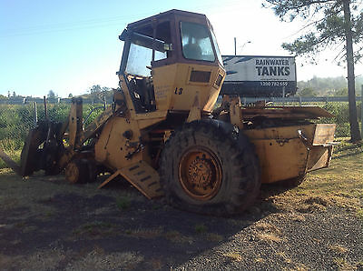 Case W20C Front End Loader