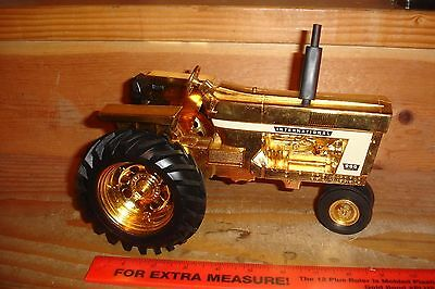 1/16 international 966 gold toy tractor