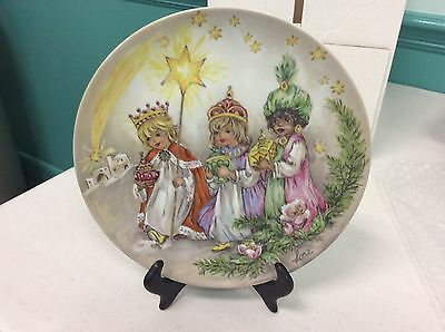 1984 Lore Christmas in Kinderland Series Collectible Plate second edition