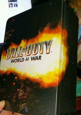 Call of Duty World At War Collector's Tin with Stainless Steel Canteen/Flask