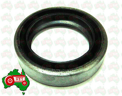 HTS0138 Tractor Timing Cover Oil Seal Massey Ferguson 35 135 Petrol FE35 TE20