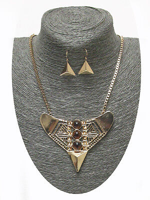 Tribal Ethnic Style Gold Tone Agate Stone Geometric Triangle Filigree Necklace