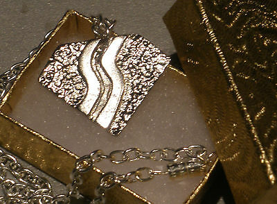 Bon Jovi Slippery When Wet Necklace Silver Metal Pendant With Chain & Gift Box