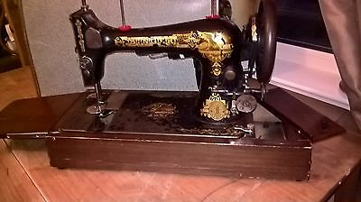 working singer vintage sewing machine