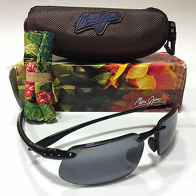 NEW Maui Jim Sunglasses 409-02 Kanaha Gloss Black Frame / Grey Polarized Lenses