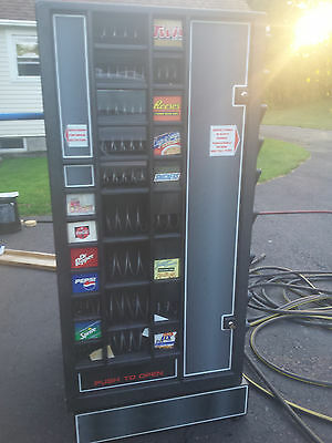 Antares 3-in-1 Soda/Snack/Changer Vending Machine