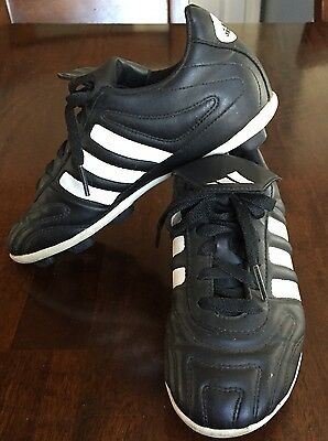 6c8e7dbc0 ADIDAS TRAXION BLACK Soccer Cleats Youth Size 3 1/2 - $12.75 | PicClick