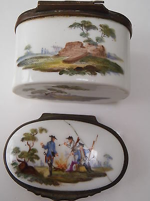 Antique C 1740 Prussian/French Pictorial Militaria Porcelain Snuff Box