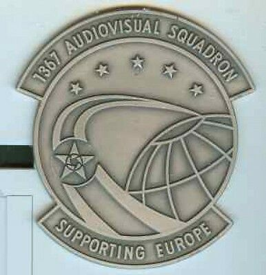 USA:1367 Audiovisual Squadron.Supporting Europe,Plakette.silber.85 x 90 mm