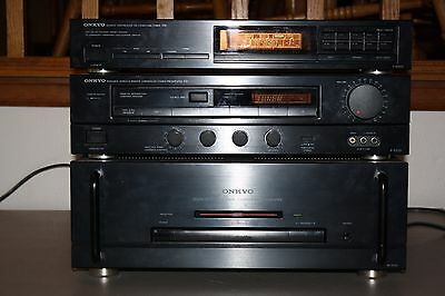 Onkyo M-5100 Discrete Amplifier with Matching P-3300 Pre Amp and T-4000 Tuner R1