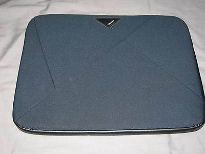 Targus Netbook Sleeve 14x11.5 Neoprene Laptop iPad Protect Case Blue NEW!