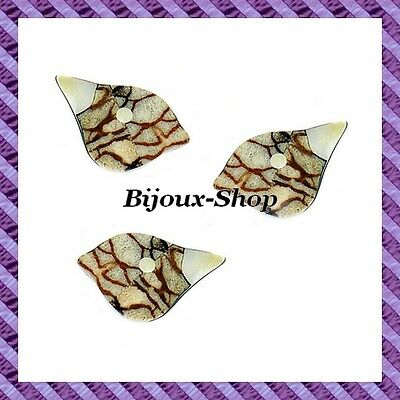4 Cabochons bird nacre and stone