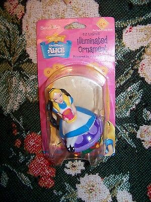 Disney Alice In Wonderland Illuminated Ornament Mint In Package 2000 Retired
