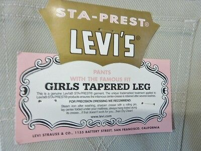Vintage 1980's Levi's 525 Girls Jeans W 28 L 34  Tapered Leg   Bnwt         (Cr)