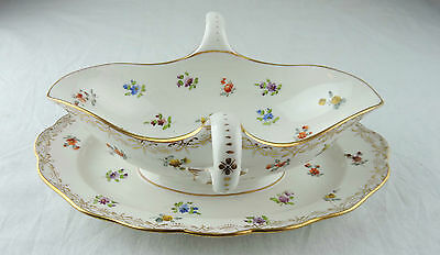 A MEISSEN Two-HAndled SAUCEBOAT w. FIXED STAND & FLORAL DECORATION c. 1920