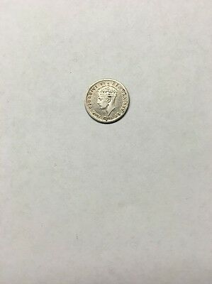 1941 Newfoundland 5 Cents Silver Free S/H