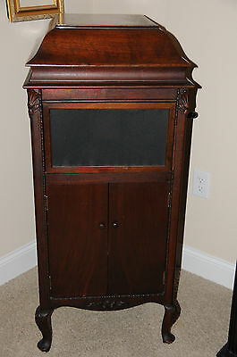 Antique Sears Silvertone Wind Up Phonograph 78 RPM