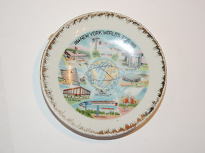 New York Worlds Fair Ceramic wall Plate 1964-1965  (10308)