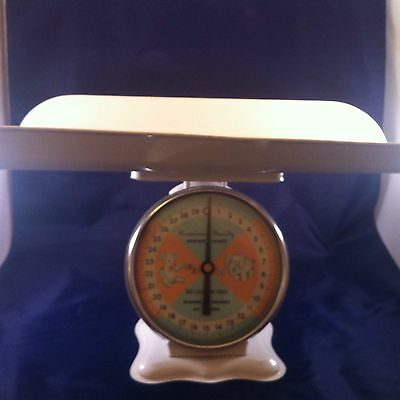 American Family Baby Nursery Scale Vintage 1969 30 lbs Very Rare Collectible WOW