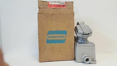 New Old Stock! Crouse-Hinds Circuit Breaking Receptacle Cps152 111