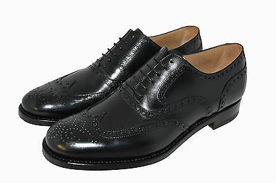 Man-Oxford Wigtip W.perfs And Medallion.-Calf Black-Leather Sole