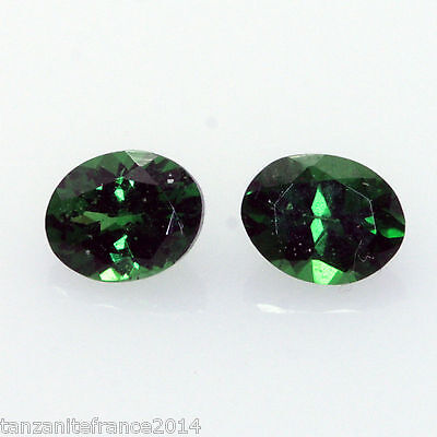 0,88 cts,TSAVORITE NATURELLE  2 pierres assorties   (pierres précieuses/ fines)