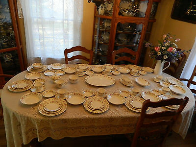 Pope Gosser China Dinnerware Floral Set for 9+ with 7 Serving Pieces 8-4