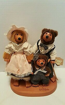 "Robert Raikes ""The Three Bears"" 3 Wooden Carved Papa Mama Baby Figures 12"" Tags"