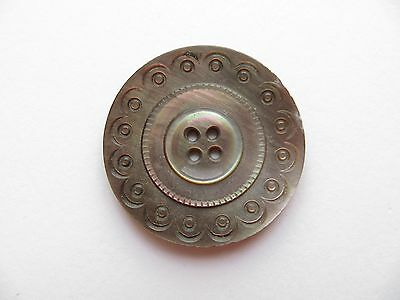 Antique Victorian Big Carved Purple Mother of Pearl Coat Collectible Button-31mm