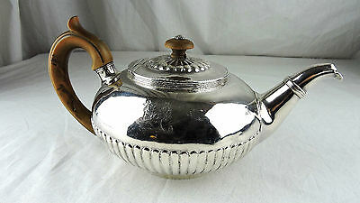 A GEORGE IV Period Queen Anne STERLING SILVER TEAPOT, London, 1821