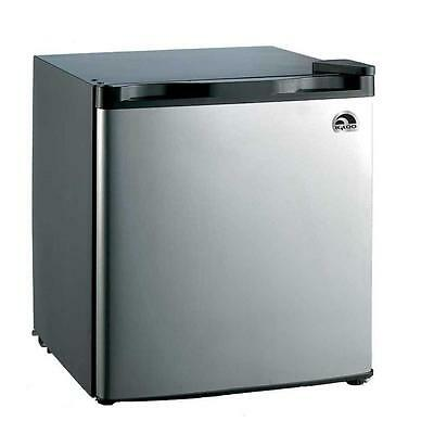 IGLOO 1.6 cu. ft. Mini Refrigerator in Stainless Steel Efficient Cooling System
