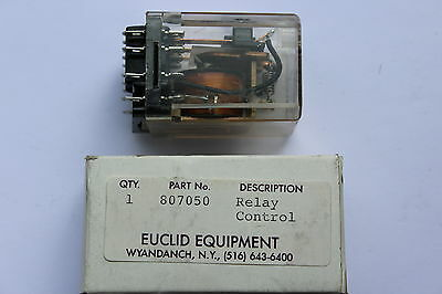 Potter & Brumfield KUP14D15 24v DC 10A Relay 3P panel plug in 11 pin 472R coil