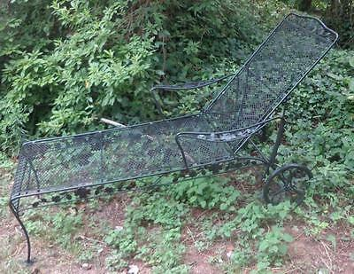 Russel Woodard Vintage Iron Chaise Lounge - 1940's