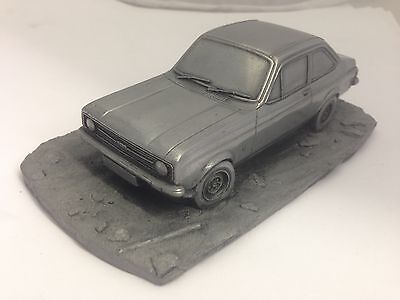 Ford Escort MK2 Pewter Effect 1.32 Scale Model Car Made In Sheffield